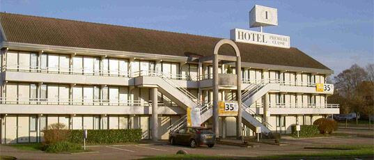 Magasins Hotel De Ville Lyon Ouvert Le  Aout