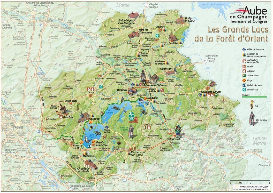 Carte touristique <br> des Grands Lacs de la Forêt d&#039;Orient