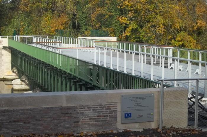 Pont canal de Barberey