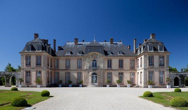 Chateau-de-la-Motte-Tilly4-600x350