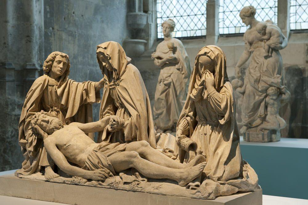 Le-Beau-XVI-me-Exposition-Chefs-dOeuvres-de-la-Sculpture-en-C