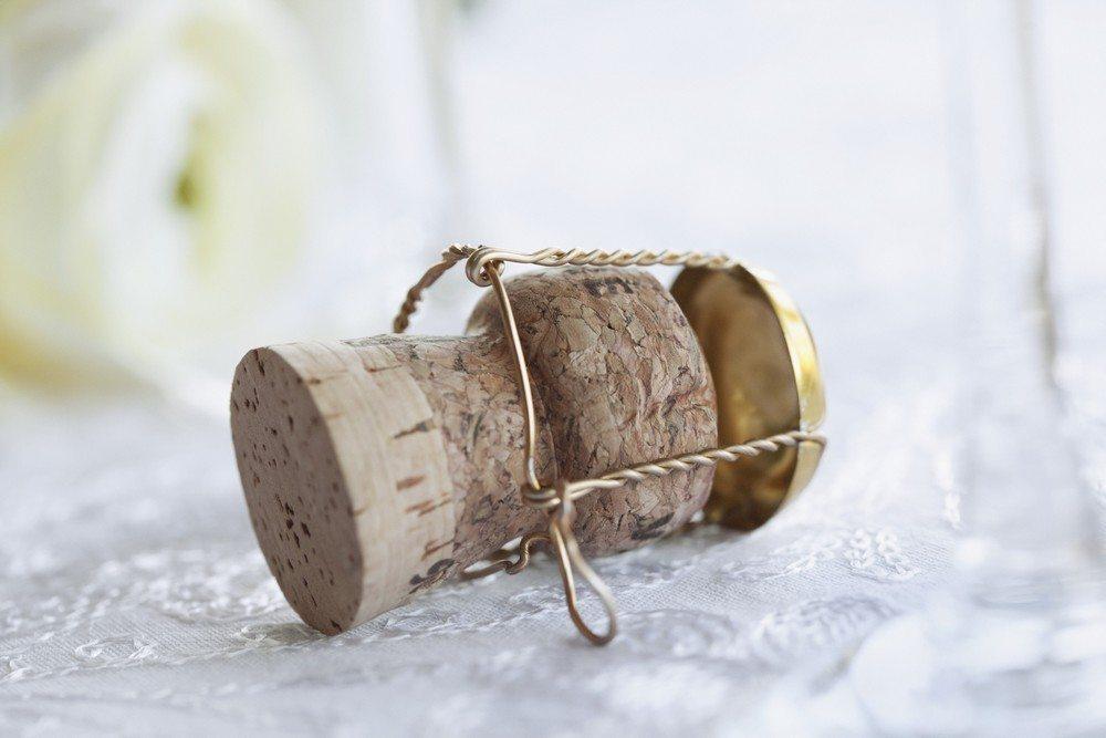 00-Bouchon-de-champagne-01-cr®dit-photo-Jupiter-Images
