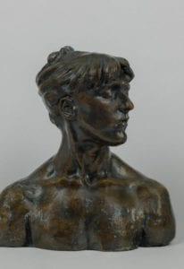 Camille CLAUDEL, Jeune Femme aux yeux clos, vers 1885. Nogent-sur-Seine, musée Camille Claudel © Marco Illuminati