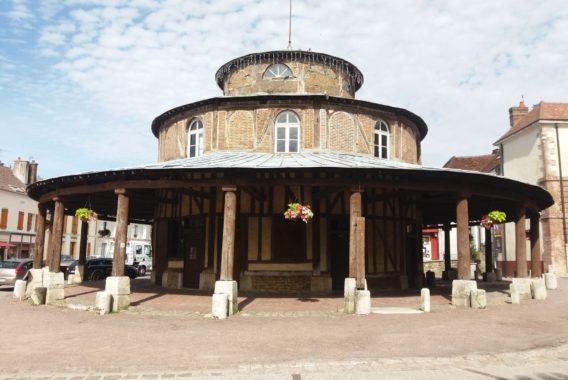 Halle circulaire d'Ervy-le-Châtel © Ambre Crudde