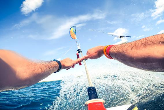 KiteSurf-au-lac-d'Orient---crédit-Le-Bonheur-des-Gens